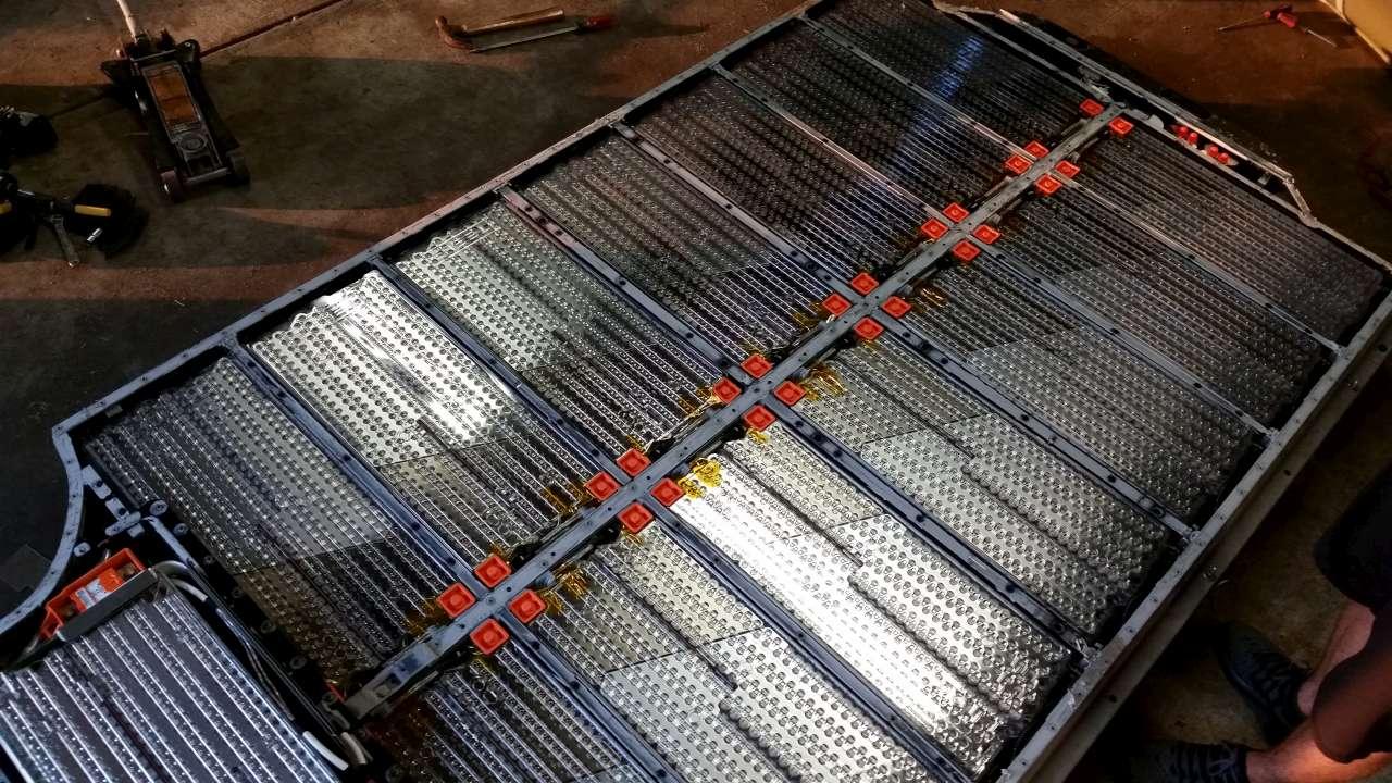 bateria elektromobilu tesla model s