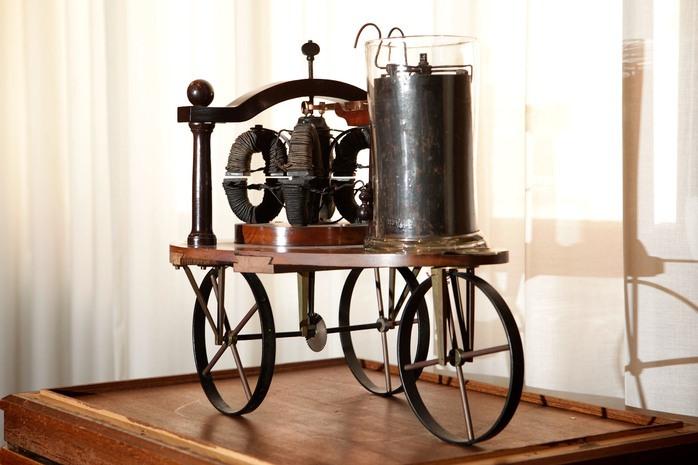 Elektromobil Sibrandusa Stratingh a Christopher Becker z roku 1835