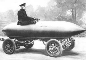 Camille Jenatzyla vo svojom elektromobile La Jamais Contente