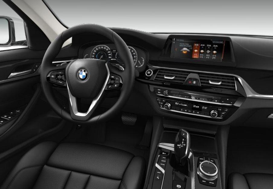 BMW 530e iPerformance - Sport line interiér