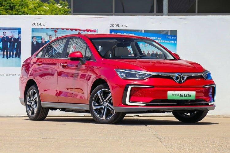 Elektrický sedan BAIC Senova - európska verzia