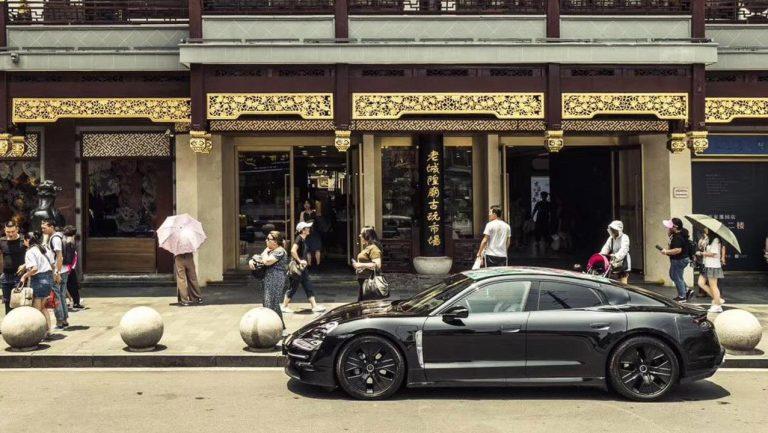 Porsche Taycan v Šanghaji