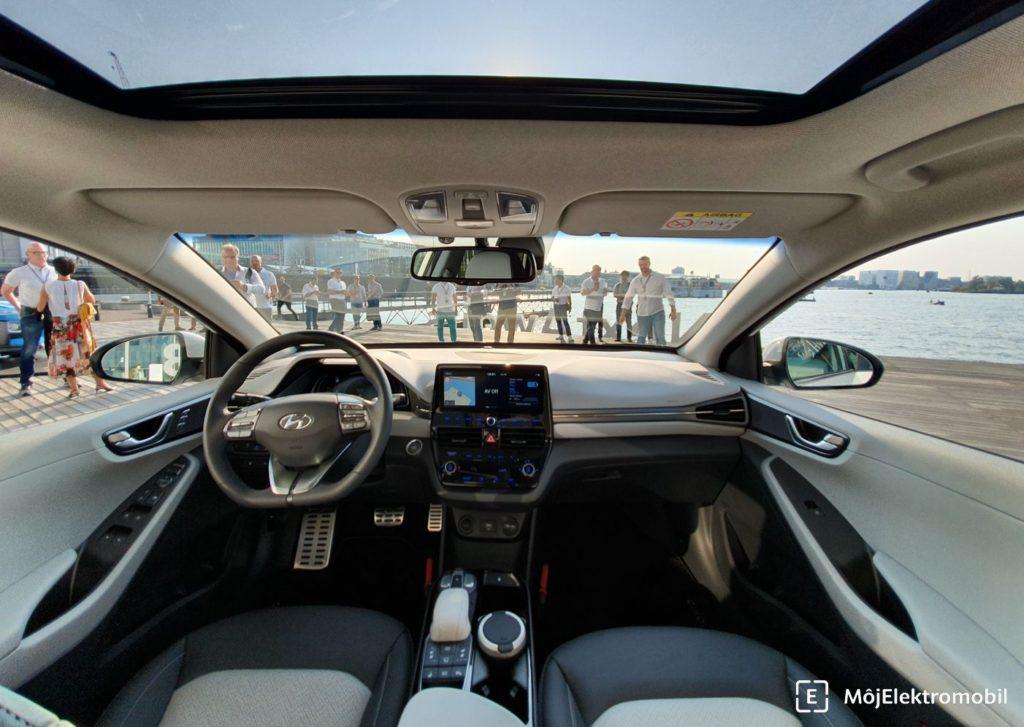 Hyundai IONIQ 2019 interiér