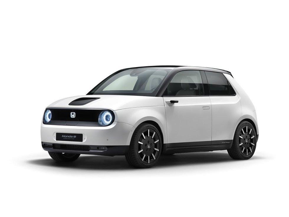 Honda predstaví produkčnú verziu elektrického hatchbacku Honda E