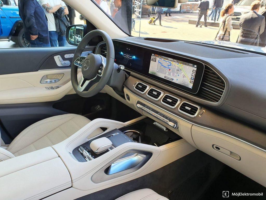 Mercedes GLE interiér
