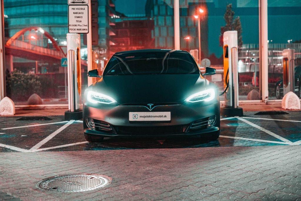 Tesla Supercharger Aupark