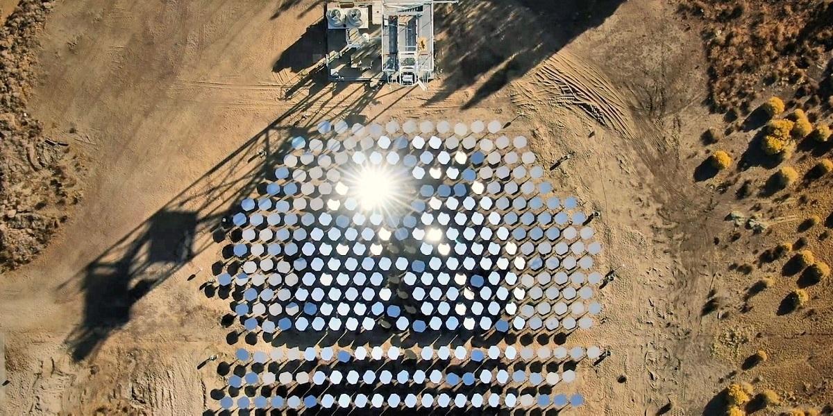Solárno - vodíková elektráreň Heliogen (Zdroj: Heliogen)
