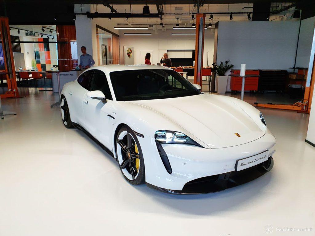 Porsche Taycan fotky