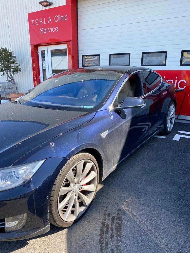 Ukradnutá Tesla Model S