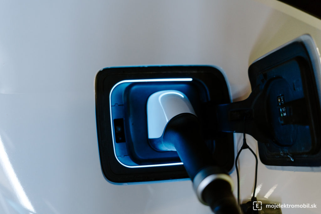 nabíjanie test elektromobil