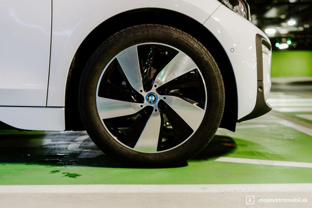 kolesá test elektromobil