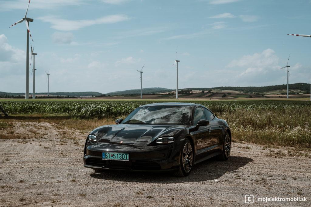porsche taycan 4s obnoviteľných zdrojov energie Elektromobil roka 2020 výsledky