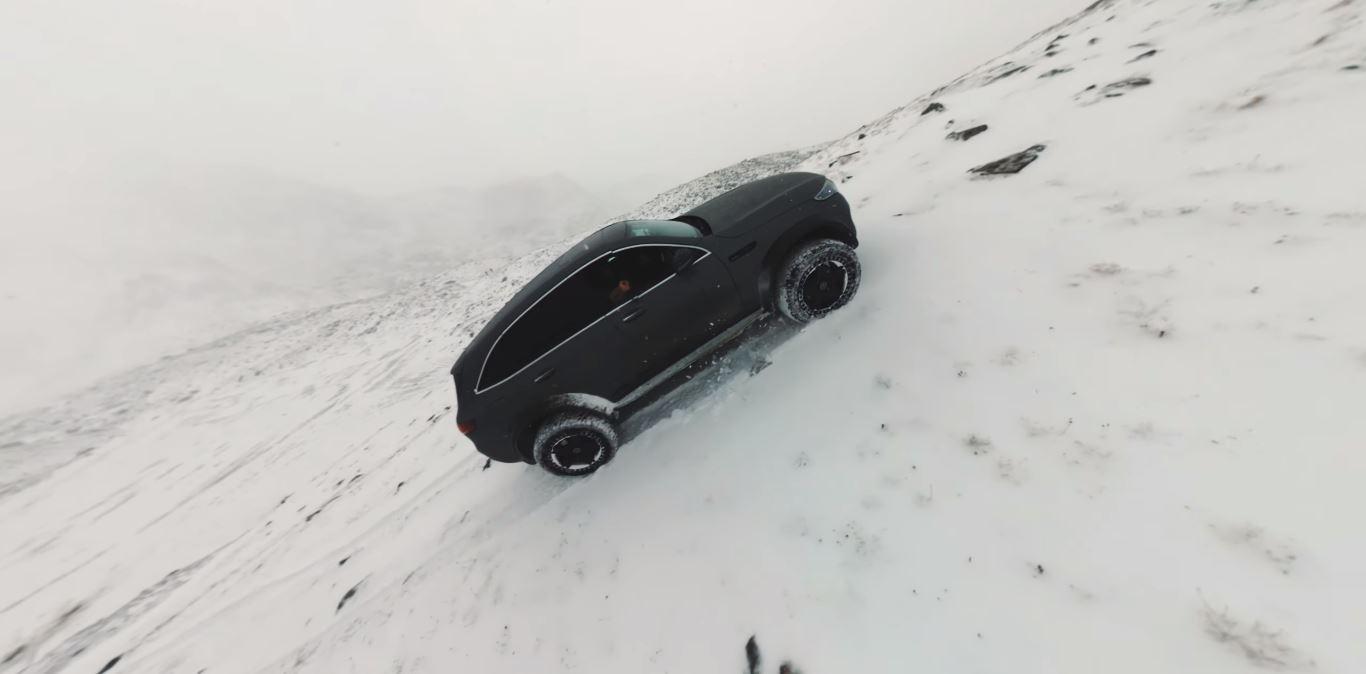 Mercedes-Benz EQC 4×4² (Zdroj: Youtube/Benjamin Ortega)