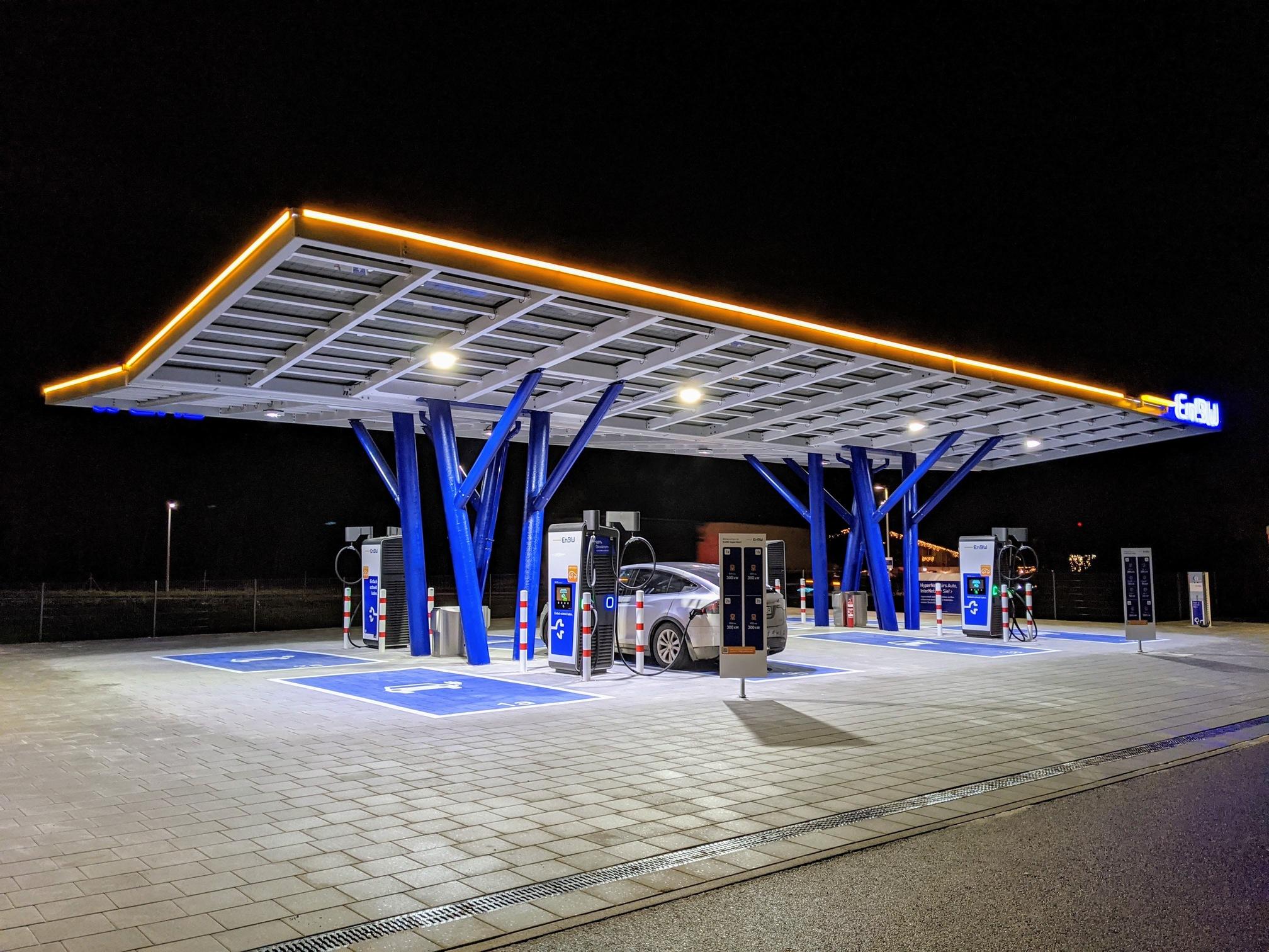 HPC nabíjacia stanica EnBW Rutesheim (Foto: Kristián Kratochvíl)