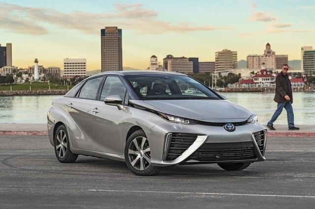 2019 Toyota Mirai (Zdroj: MotorTrend)
