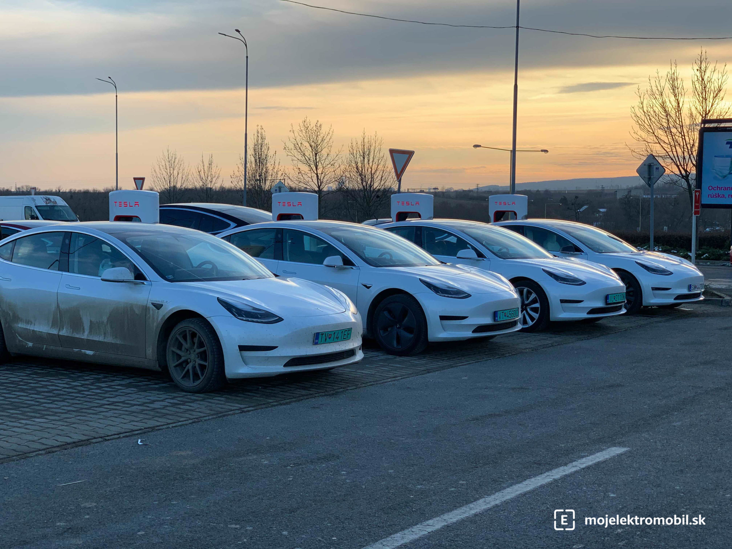 Tesla Supercharger V3 Košice