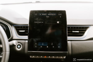 renault captur e-tech phev plug-in hybrid