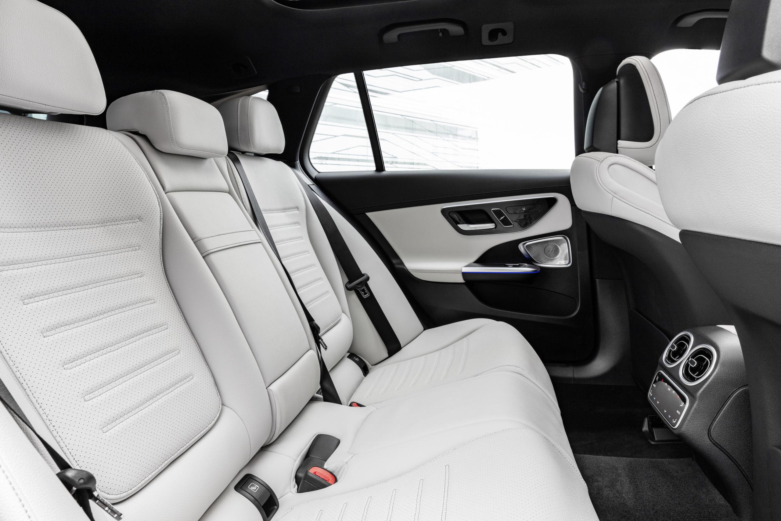 2021 Mercedes-Benz Triedy C plug-in hybrid kombi