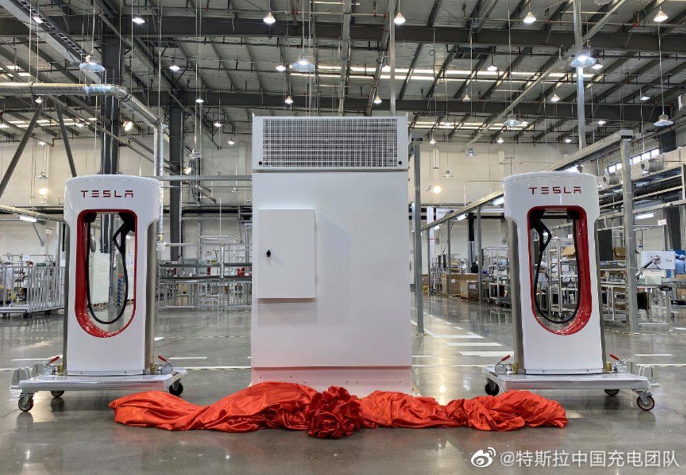 Fabrika na výrobu nabíjačiek Supercharger V3 (Foto: Tesla Charging Team China)