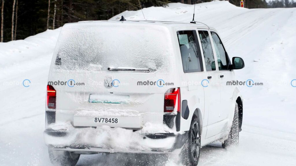 Volkswagen ID.Buzz testovanie mula sneh