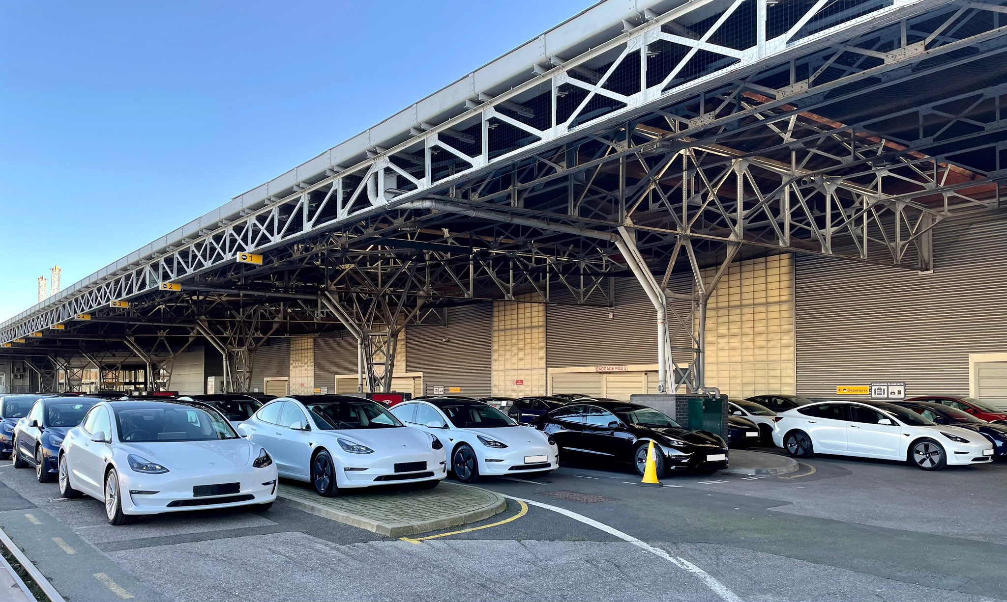 Výroba a dodávky Tesla 1.kvartál 2021