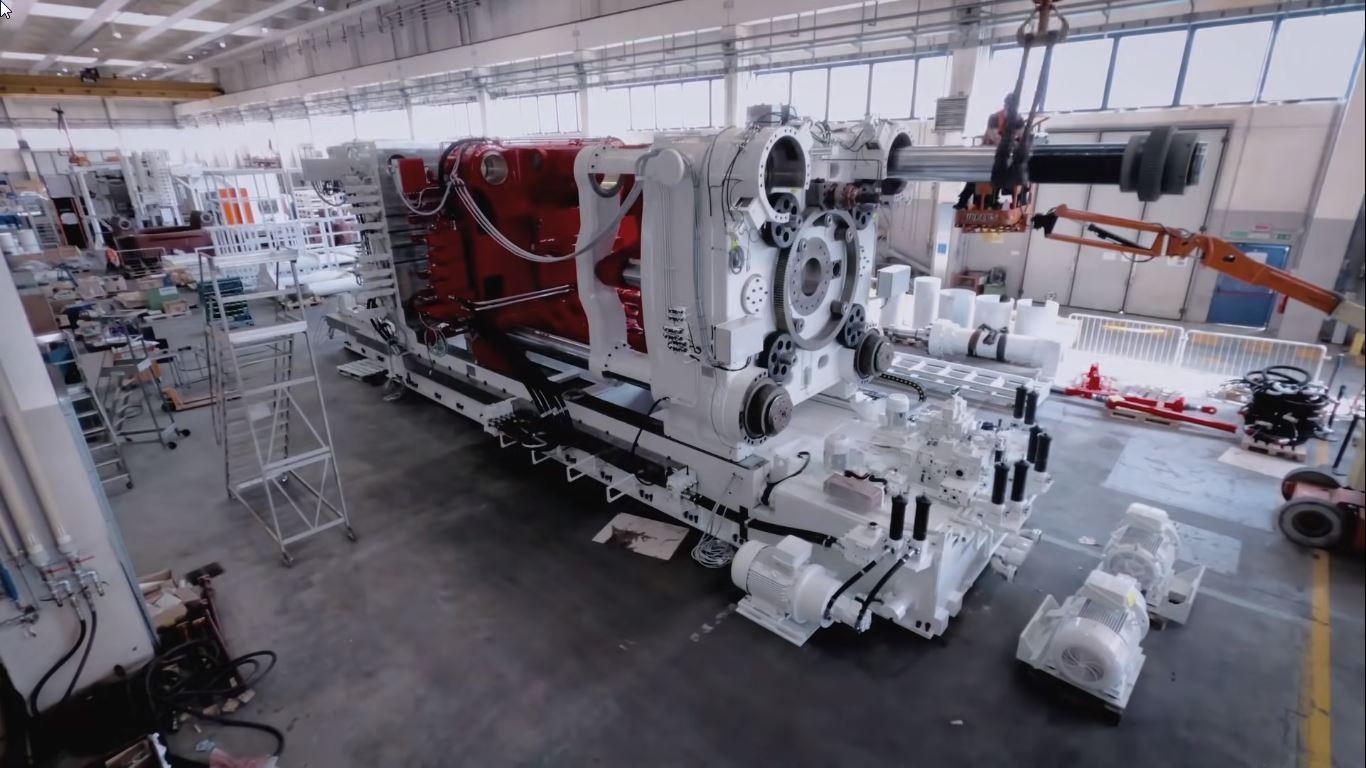 Odlievací stroj Giga Press pre Tesla Cybertruck (Foto: IDRA)