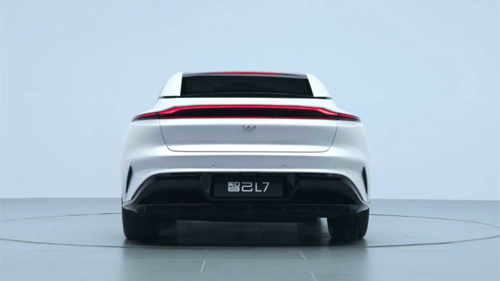 Zhiji L7 čínsky elektromobil