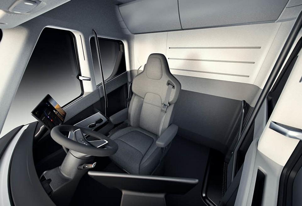 Interiér Tesla Semi (Foto: Tesla)