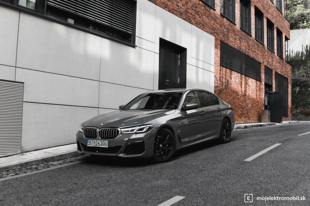 BMW 545e TEST